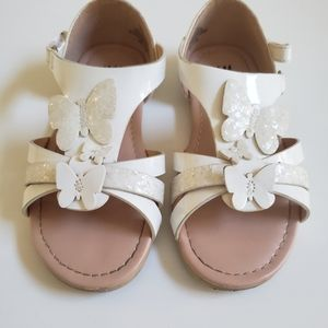 H&M white butterfly sandals size 9.5